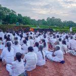 Sri Lanken prayers are praying in Lumbini.